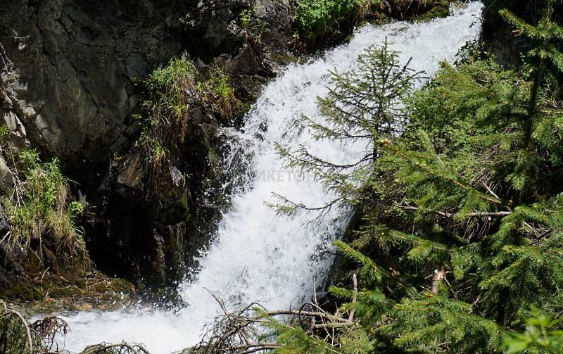 Водопад Аю Сай