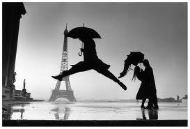 «Под небом Парижа»