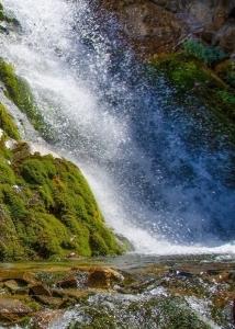 Трек к Аксарсайскому водопаду