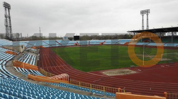 "Стадион ""Шахтер"" в Караганде"
