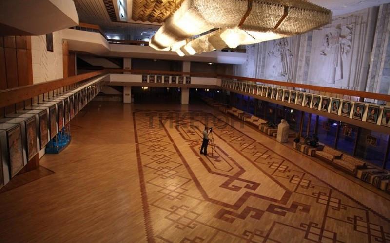 Театр ауэзова афиша алматы большой театр репертуар купить билеты