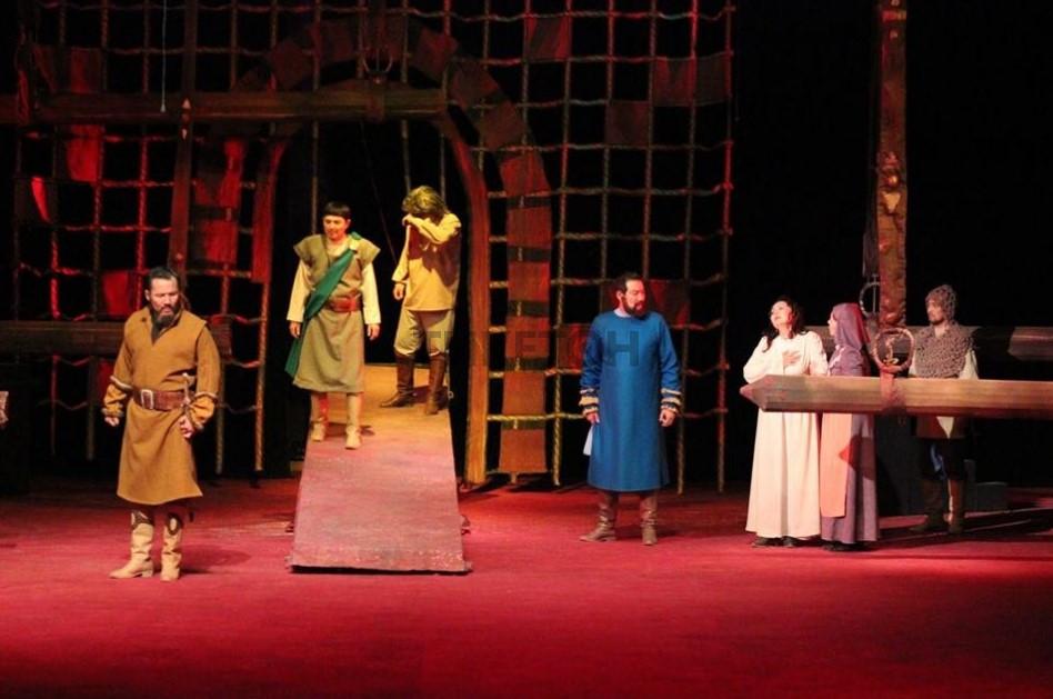 «Макбет». Театр им. Бекежанова
